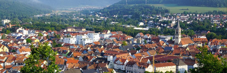 Blick auf die Stadt Tuttlingen von der Ruine Honburg