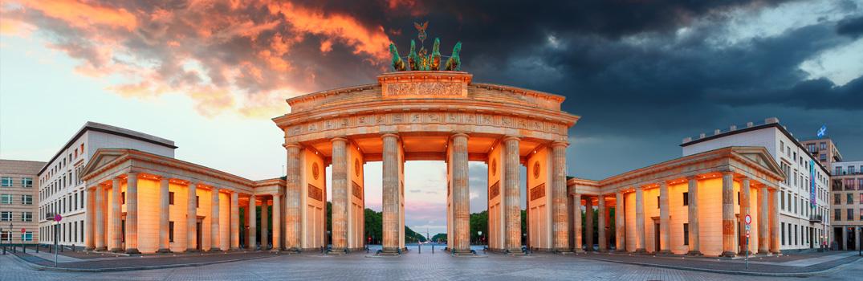 Brandenburger Tor in der Abenddämmerung